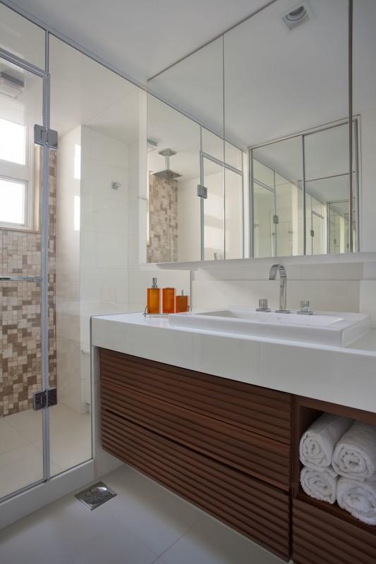 Projeto de Arquitetura de Interiores - para Banheiros - Apartamento na Av. Rui Barbosa, Flamengo, RJ