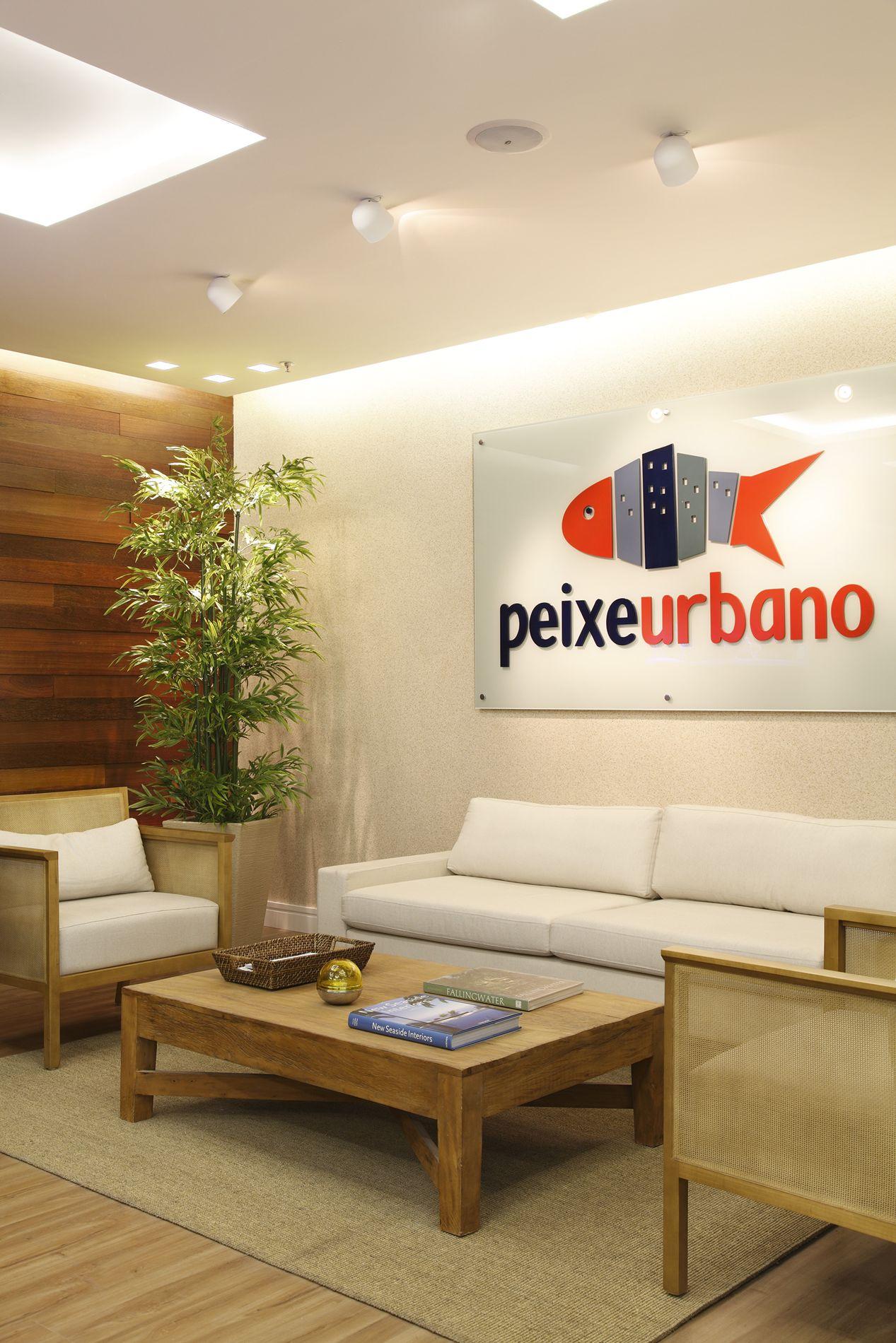 Imagens de #B53116 Escritório Peixe Urbano Presidente Vargas Centro Bianca Da Hora 1267x1900 px 2738 Box Banheiro Peixe Urbano