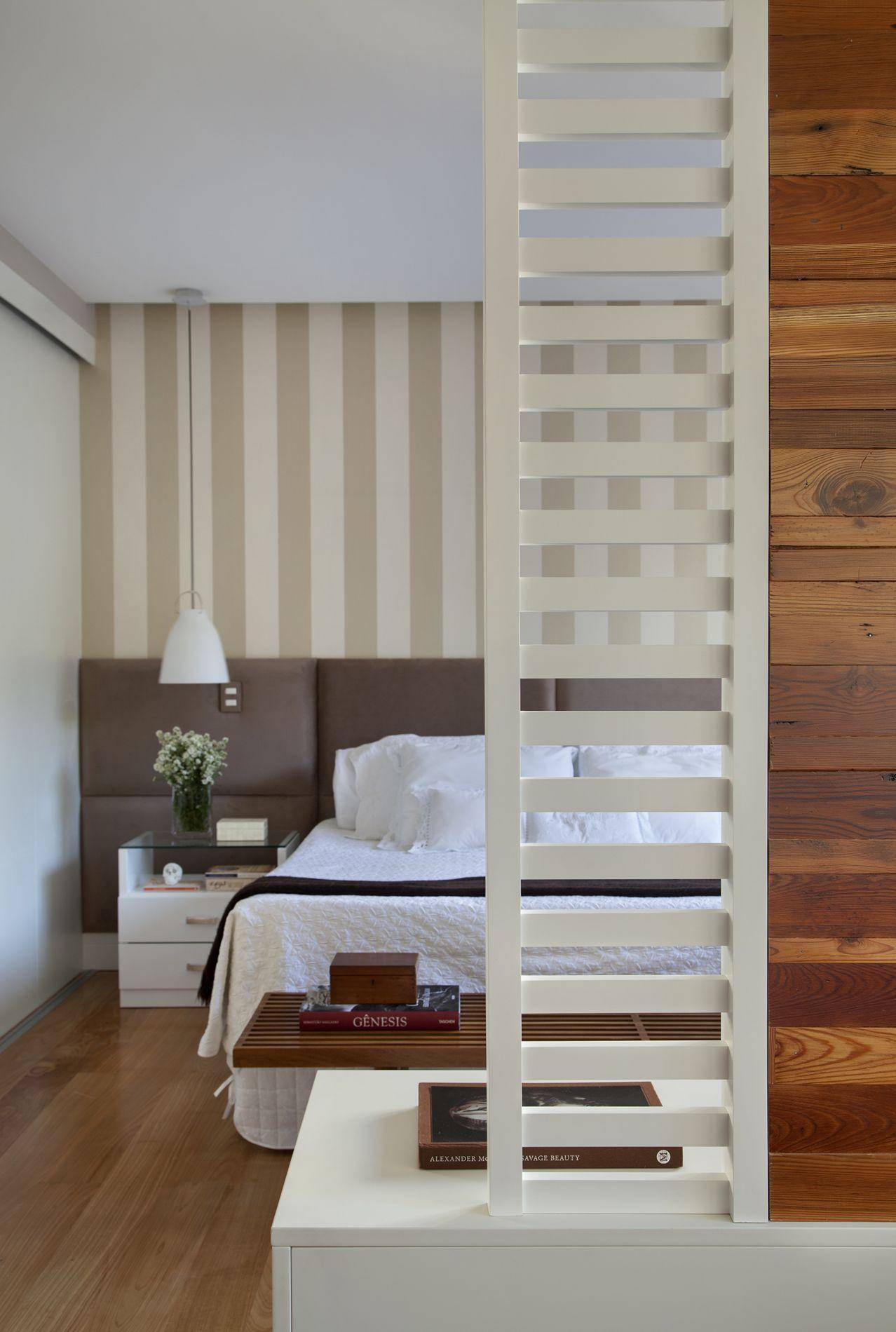 Projeto de Arquitetura de Interiores para Quartos de Casal  #68442B 1278 1900