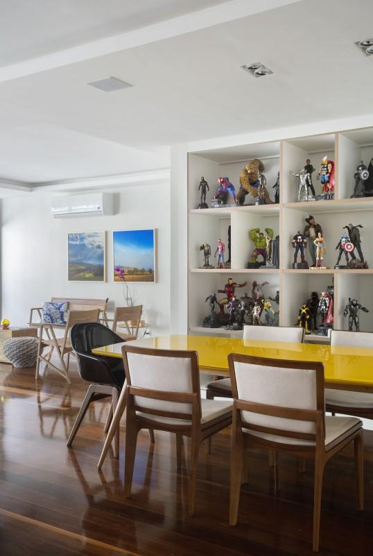 Projeto de Decoração e Arquitetura para Sala de Apartamento em Copacabana, Rio de Janeiro